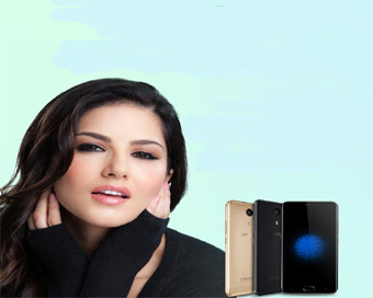 Sunny Leone to endorse Dubai-based mobile brand