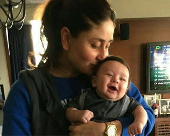 Kareena's pic with Taimur will make your day
