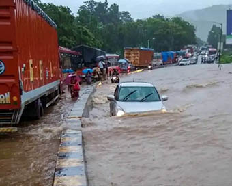 Incessant rains lash Mumbai
