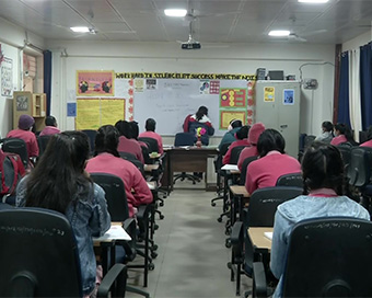Delhi schools open after 10 months (PHOTOS)